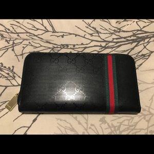 ✨GUCCI✨ Unisex Zip Up Wallet